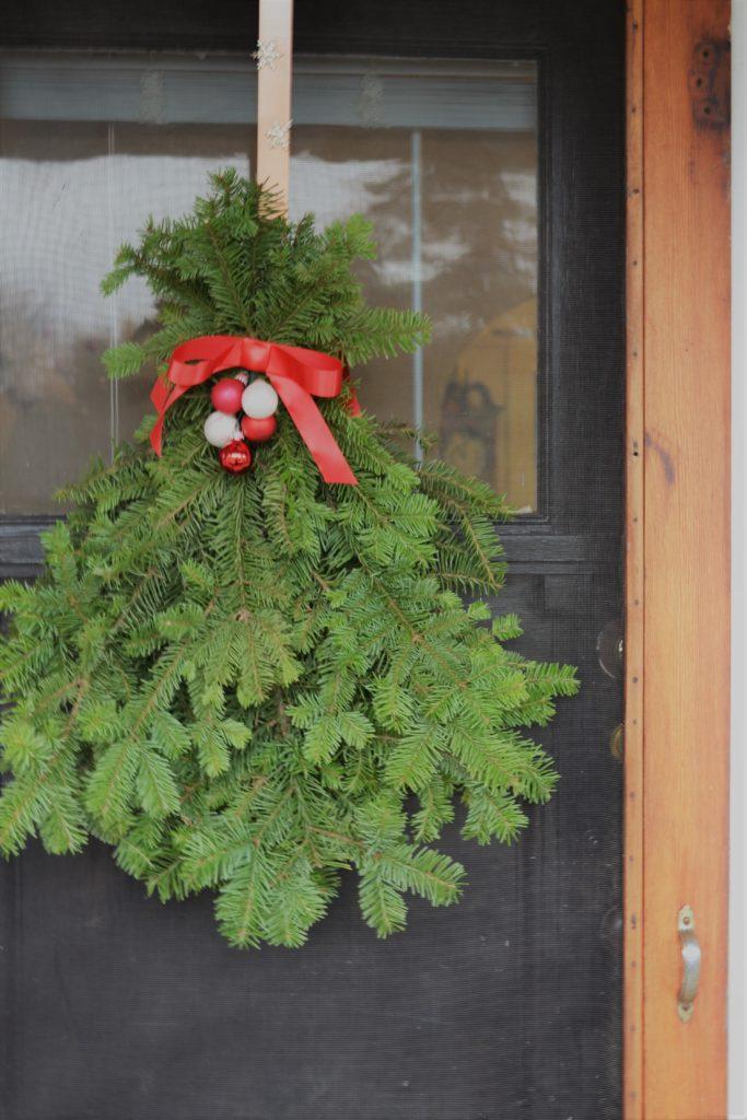 Diy Holiday Door Swag Sage To Silver
